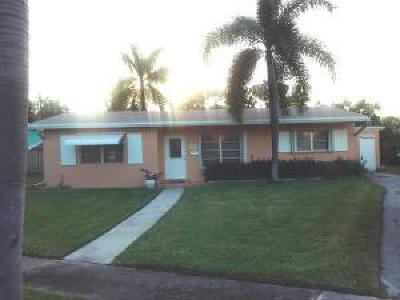 Single Family Home For Sale: 1255 NE 4th Court