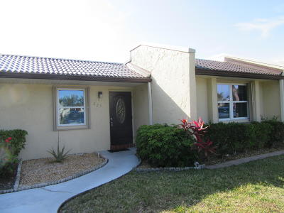 West Palm Beach Single Family Home For Sale: 223 Lake Meryl Drive