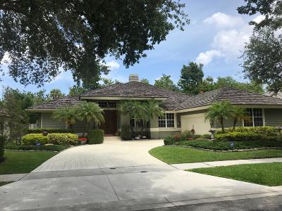 Jupiter Single Family Home For Sale: 111 Still Lake Drive