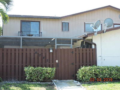 Lake Worth Townhouse For Sale: 4242 S Landar Drive #14c