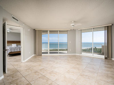 Hutchinson Island Condo For Sale: 5051 Highway A1a #8-2