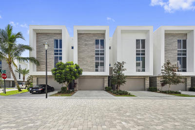 Boca Raton Townhouse For Sale: 1720 NW 42nd Drive