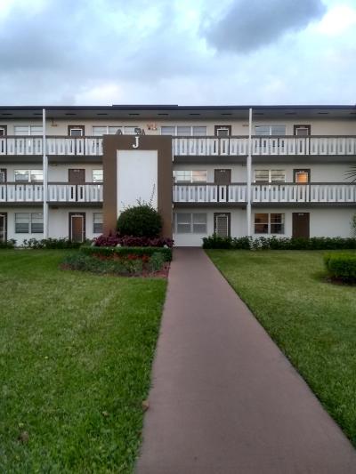 Boca Raton Condo For Sale: 383 Mansfield J