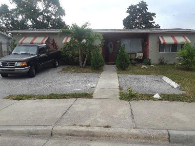 West Palm Beach Single Family Home For Sale: 5822 Haverhill Road