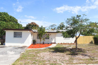 Deerfield Beach Single Family Home Contingent: 4030 NE 4 Avenue