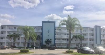 Boca Raton Condo For Sale: 3002 Exeter A