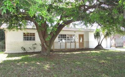 Stuart Single Family Home For Sale: 1814 SE Lafayette Street