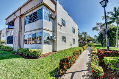 Delray Beach Condo For Sale: 408 Burgundy I
