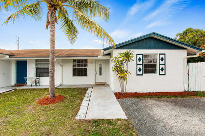 West Palm Beach Single Family Home For Sale: 5425 Lee Court