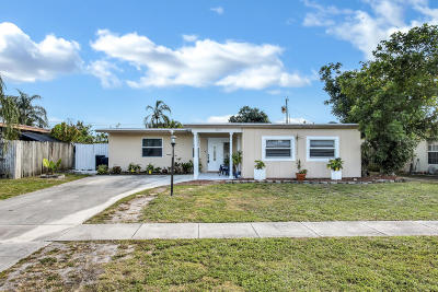 West Palm Beach Single Family Home For Sale: 5690 Albert Road