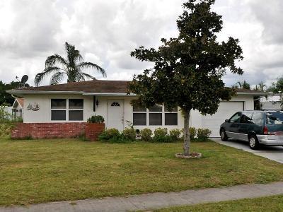Fort Pierce Single Family Home For Sale: 270 NE Mainsail Street NE