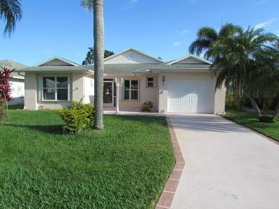 Fort Pierce Single Family Home For Sale: 654 Ponytail Lane