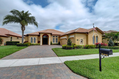 Port Saint Lucie Single Family Home For Sale: 948 SW Grand Reserves Boulevard