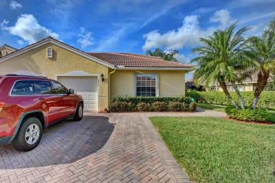 West Palm Beach Single Family Home For Sale: 9460 Bridgeport Drive