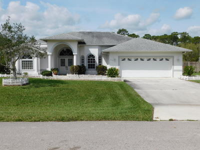 Fort Pierce Single Family Home For Sale: 5317 Stately Oaks Street