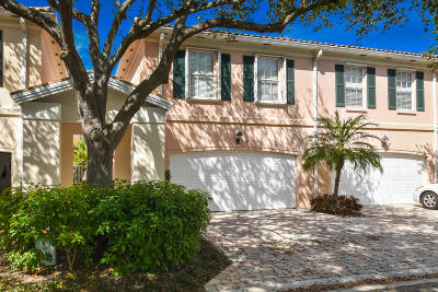 Tequesta Townhouse For Sale: 31 Oakland Court