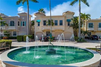 Palm Beach Gardens Townhouse For Sale: 506 Resort Lane