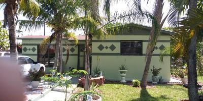 Boynton Beach Single Family Home For Sale: 400 Ocean Parkway