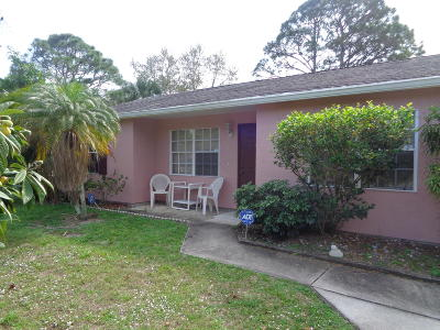 Port Saint Lucie Single Family Home For Sale: 2725 SW East Calabria Circle