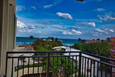 Palm Beach Condo For Sale: 3475 S Ocean Boulevard #402