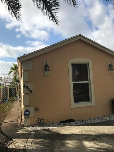 Lake Worth Single Family Home For Sale: 4634 Clemens Street