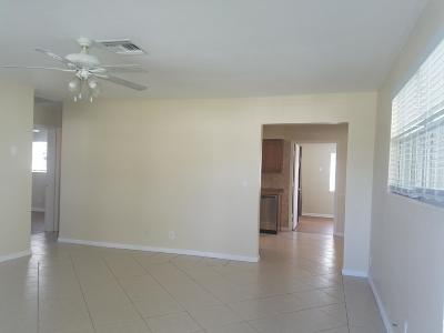 Boynton Beach Single Family Home For Sale: 220 SW 6th Avenue