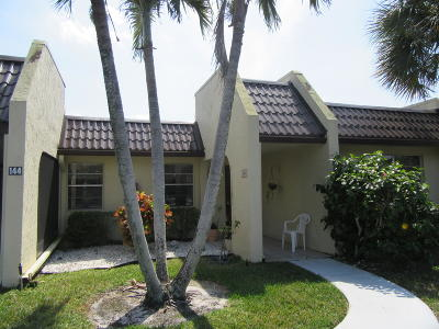 West Palm Beach Single Family Home For Sale: 146 Lake Rebecca Drive