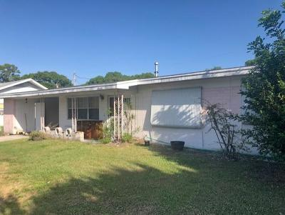 Fort Pierce Single Family Home For Auction: 2100 Esplanade Avenue
