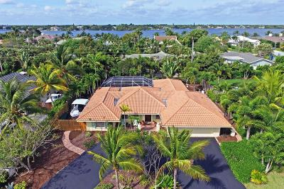Tequesta Single Family Home For Sale: 209 Golfview Drive