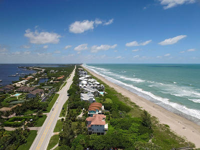 Stuart Single Family Home For Sale: 1981 NE Ocean Boulevard