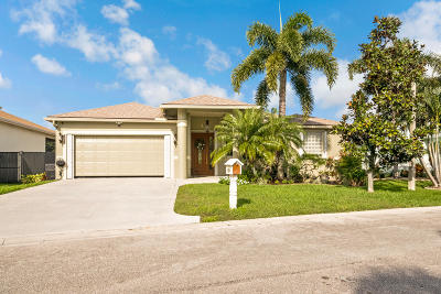 Greenacres Single Family Home Contingent: 1175 Hatteras Circle
