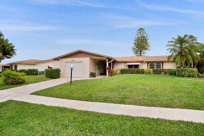 Delray Beach Single Family Home For Sale: 13142 Via Vesta