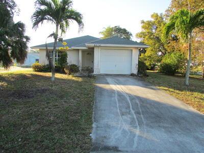 Hobe Sound Single Family Home For Sale: 8376 SE Alamanda Way