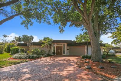 Tamarac Single Family Home For Sale: 5712 Bamboo Circle