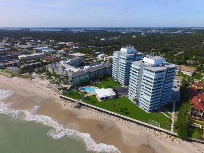 Vero Beach Condo For Sale: 3554 Ocean Drive #Ph2s