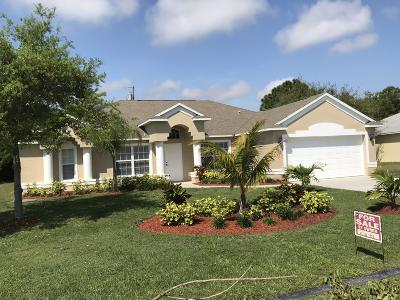 Port Saint Lucie Single Family Home For Sale: 1750 SE Gaskins Circle