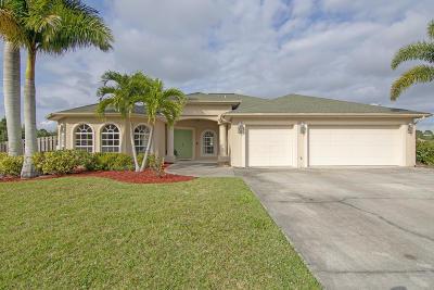Port Saint Lucie Single Family Home For Sale: 1401 SW Devera Avenue