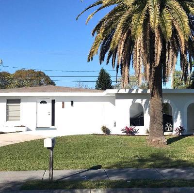 Port Saint Lucie Single Family Home For Sale: 840 SW Airoso Boulevard
