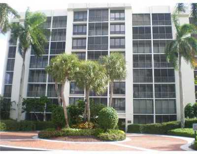 Boca Raton Condo For Sale: 6845 Willow Wood Drive #3036