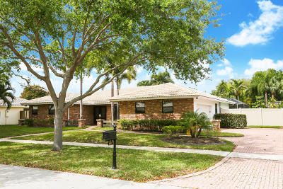 Boca Raton Single Family Home For Sale: 6821 S Grande Drive