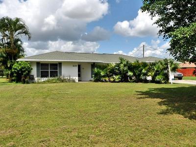Port Saint Lucie Single Family Home For Sale: 219 SE Crosspoint Drive
