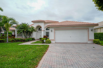 Boynton Beach Single Family Home For Sale: 6832 Molakai Circle