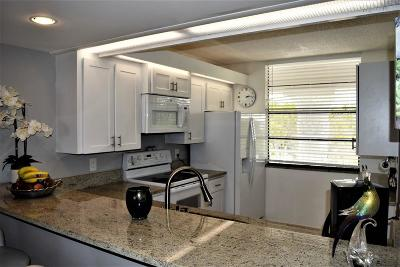 West Palm Beach Condo For Sale: 3516 Whitehall Drive #403