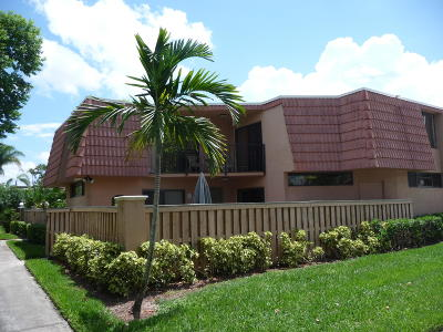 Boca Raton Townhouse For Sale: 8279 Severn Drive #A