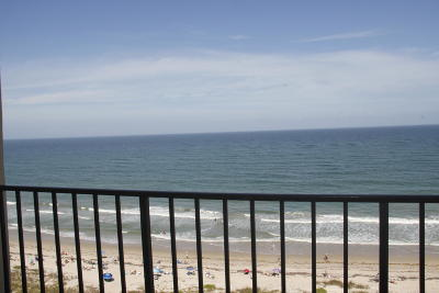 Fort Pierce Condo For Sale: 4200 Hwy A1a #1113