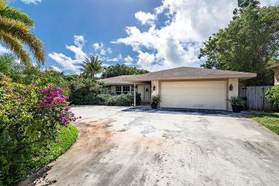 North Palm Beach Single Family Home For Sale: 2610 Sun Cove Lane