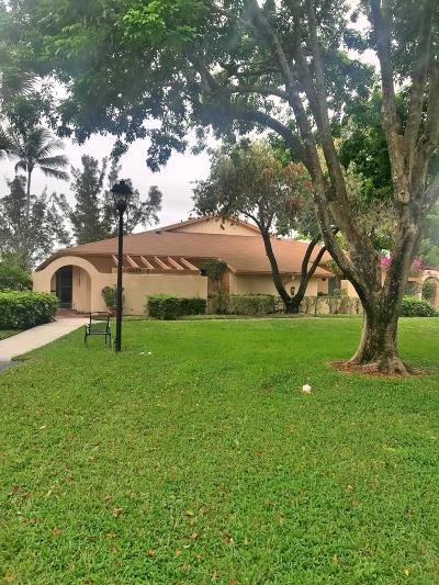 Delray Beach Single Family Home For Sale: 5663 Via Delray