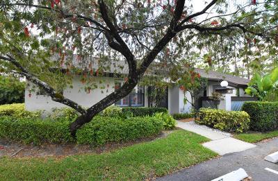 Royal Palm Beach Single Family Home For Sale: 145 Karanda Court