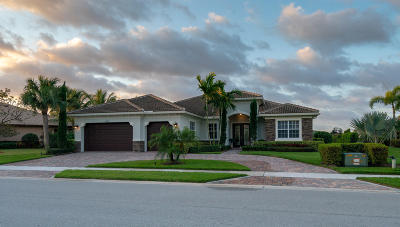 Jupiter Single Family Home Contingent: 108 Manor Circle