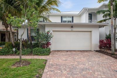 Palm Beach Gardens Townhouse For Sale: 2031 Chelsea Place